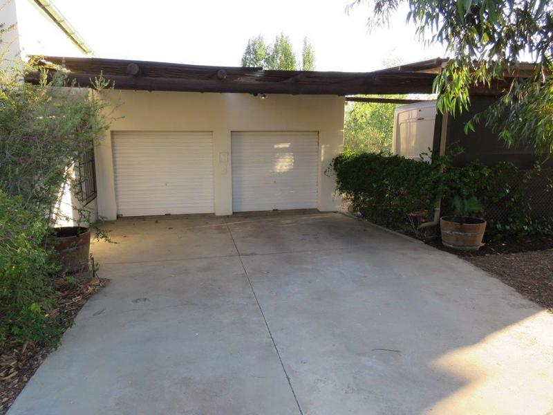 Property For Sale in Porterville, Porterville 37
